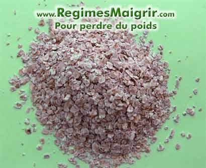 Les flocons d'avoine sont  riches en fibres solubles et ont moins de calories que les céréales froides