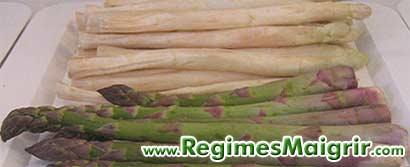 Les 2 types d'asperges les plus communs sont les blanches et les vertes