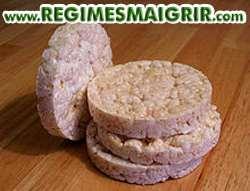 Les galettes de riz apportent des glucides et peu de calories