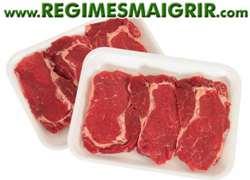 Consommer trop de viande de boeuf non dégraissée peut donner un aspect flasque à votre ventre