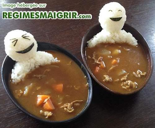 Bain thermal japonais dans du curry et du riz