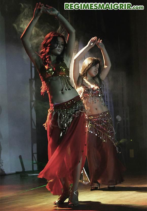 Deux danseuses de belly dance