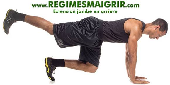 L'extension jambe en arrière fait partie de l'entraînement dit en isolation