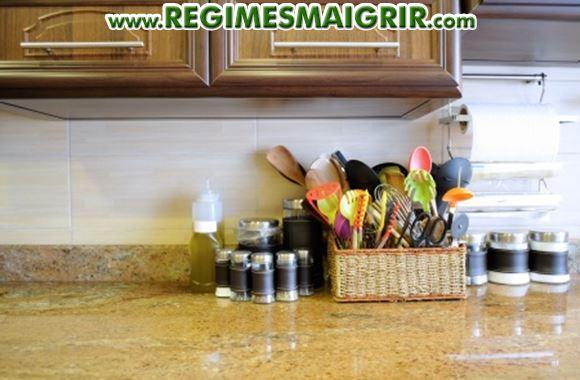 Liste d 39 aliments et ustensiles essentiels votre cuisine - Liste des ustensiles de cuisine ...