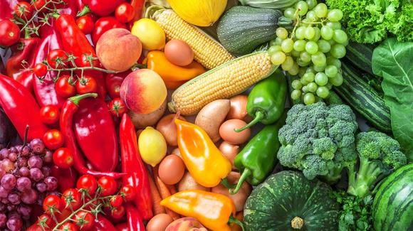 Mélange de fruits et légumes frais