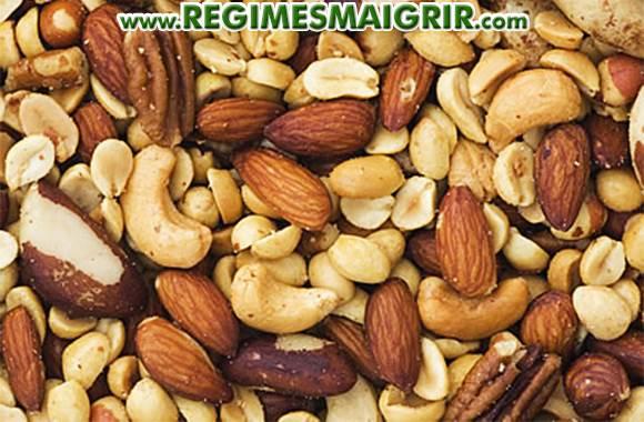 Une consommation adéquate de noix peut assister la perte de poids contrairement aux idées reçues