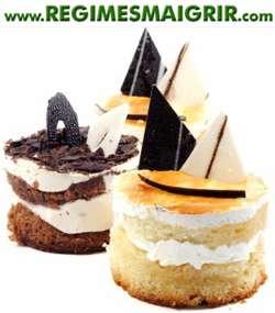 Quelques gâteaux garnis de chocolat