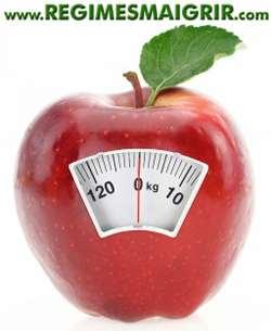 Savoir combien de calories se trouvent dans les aliments consommés aide à perdre du poids plus facilement