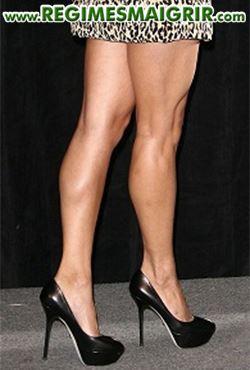 Porter trop souvent les chaussures à talons hauts dessine des mollets trop musclés voire volumineux