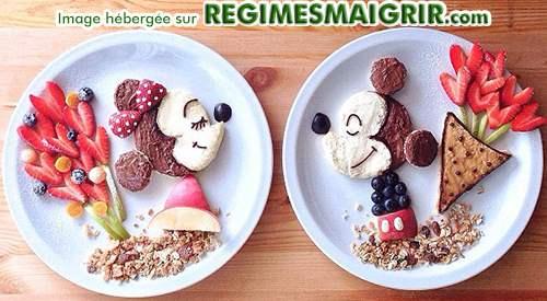 Mickey et Minnie ont un rendez-vous romantique sur fond de nourritures