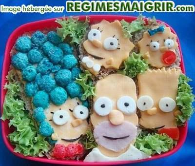 Les personnages du célèbre dessin animé américain les Simpsons sont reconstitués ici par des aliments