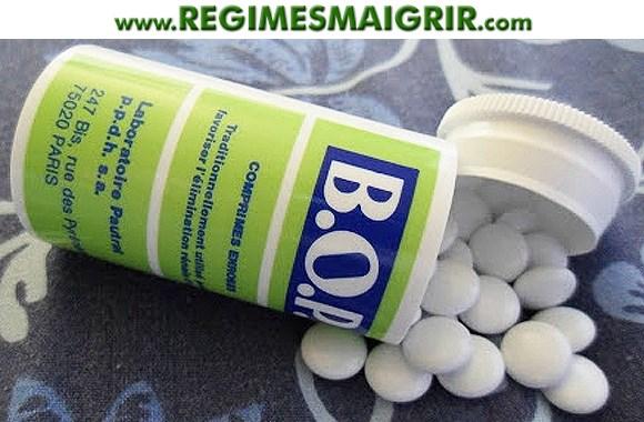 Les comprimés du médicament de phytothérapie BOP sont blancs et à prendre par 2 à chaque repas
