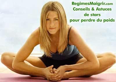 Jennifer Aniston fait du yoga en plus du régime The Zone