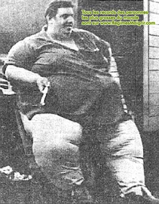 Jon Brower Minnoch, l'homme le plus gros de l'histoire, est également celui qui a gagné le plus de poids de l'histoire (et paradoxalement celui qui a perdu le plus de poids aussi, 419 kilogrammes de perdus)