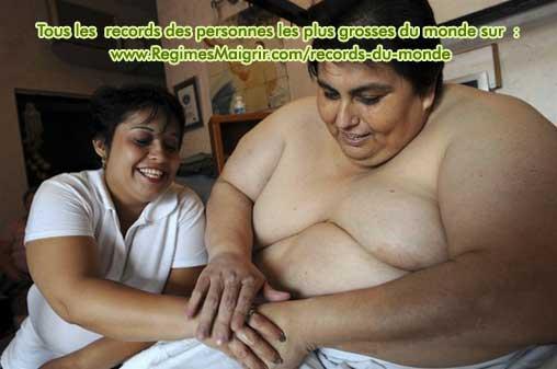 Manuel Uribe est très tendre avec sa femme Claudia Solis